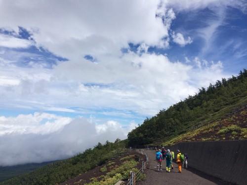 川口市 加圧パーソナルトレーニング ダイエット 登山 富士山 山登り ウォーキング ハイキング 低酸素 高山病 運動 登頂