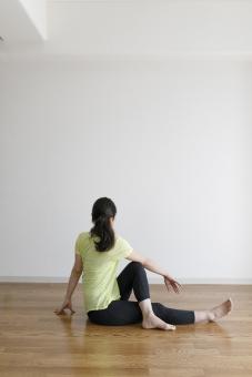加圧トレーニング 産後ダイエット 運動不足 スッキリ 美容 背中 首 水着 無料カウンセリング お試し体験 自律神経 疲労 子供連れ 育児 下半身 太もも フィットネス 運動 背中 二の腕  産後 体幹トレーニング 食事 栄養 カロリー