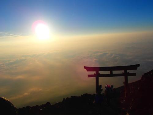 埼玉県 川口市 加圧 トレーニング KAATSU Cycle サイクル 富士山 登山 成長ホルモン 一酸化窒素 乳酸 低酸素